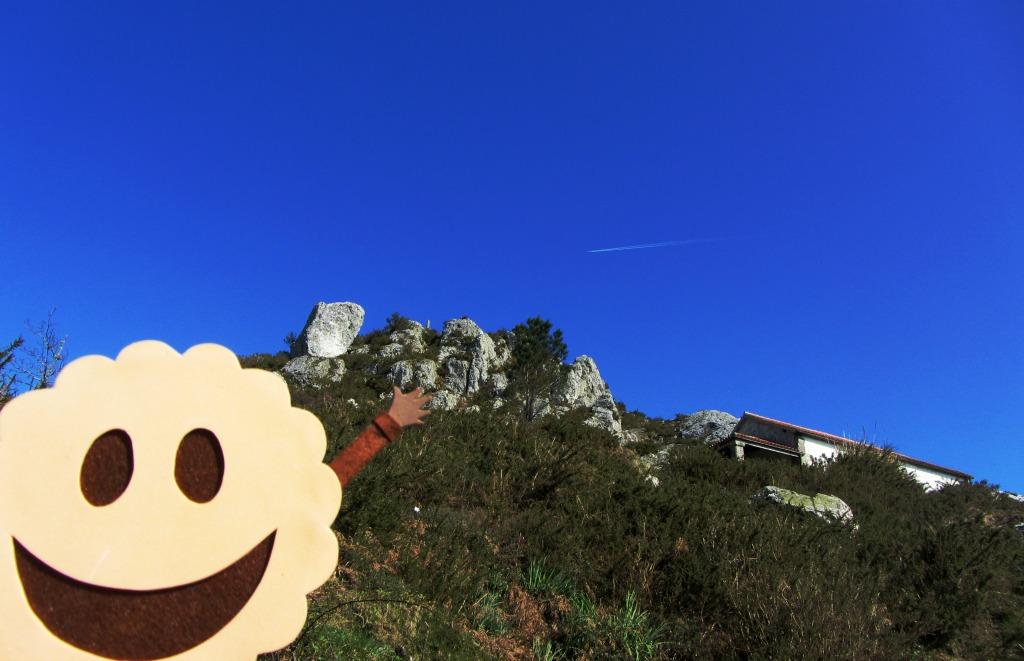 Subiendo al Pico Sacro.