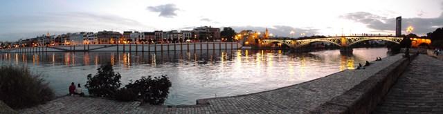 El río Guadalquivir y el Puente de Triana
