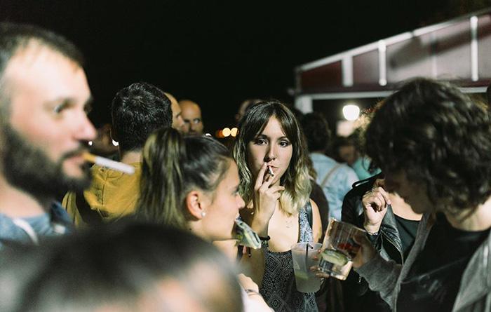 """""""Aledaños"""" del bar Fina Viñas en el que tocó Sen Senra."""