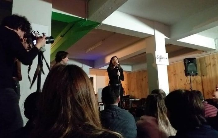 Sofar Sounds A Coruña en la librería Fiandón: tres conciertos secretos
