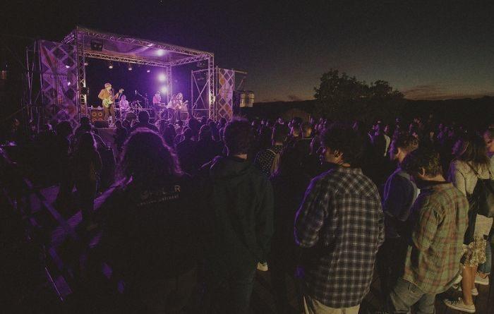 Costeira Sonora 2019: la hermandad entra la música y el vino